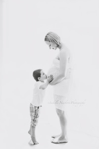 brisbane maternity photographer,maternity photography,affordable maternity photography,